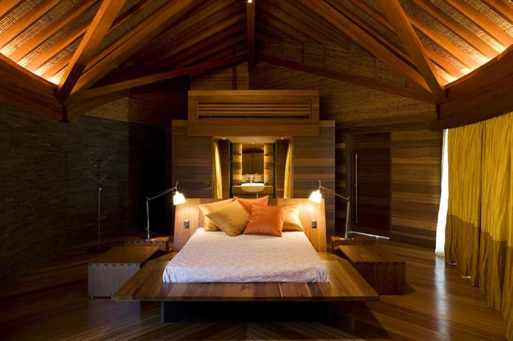 leaf house master bedroom