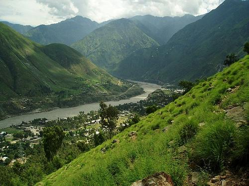 swat river valley