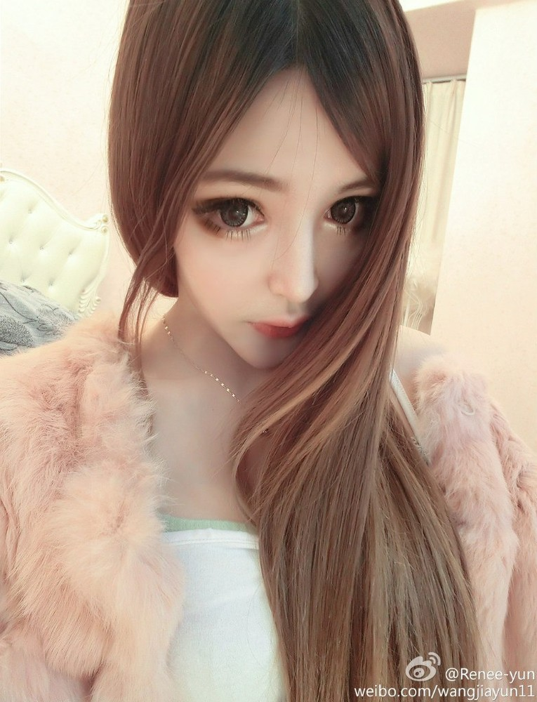 Wang Jia Yun human barbie