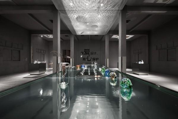glassy shanghai museum
