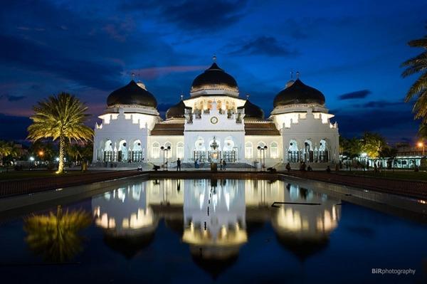 raya mosque