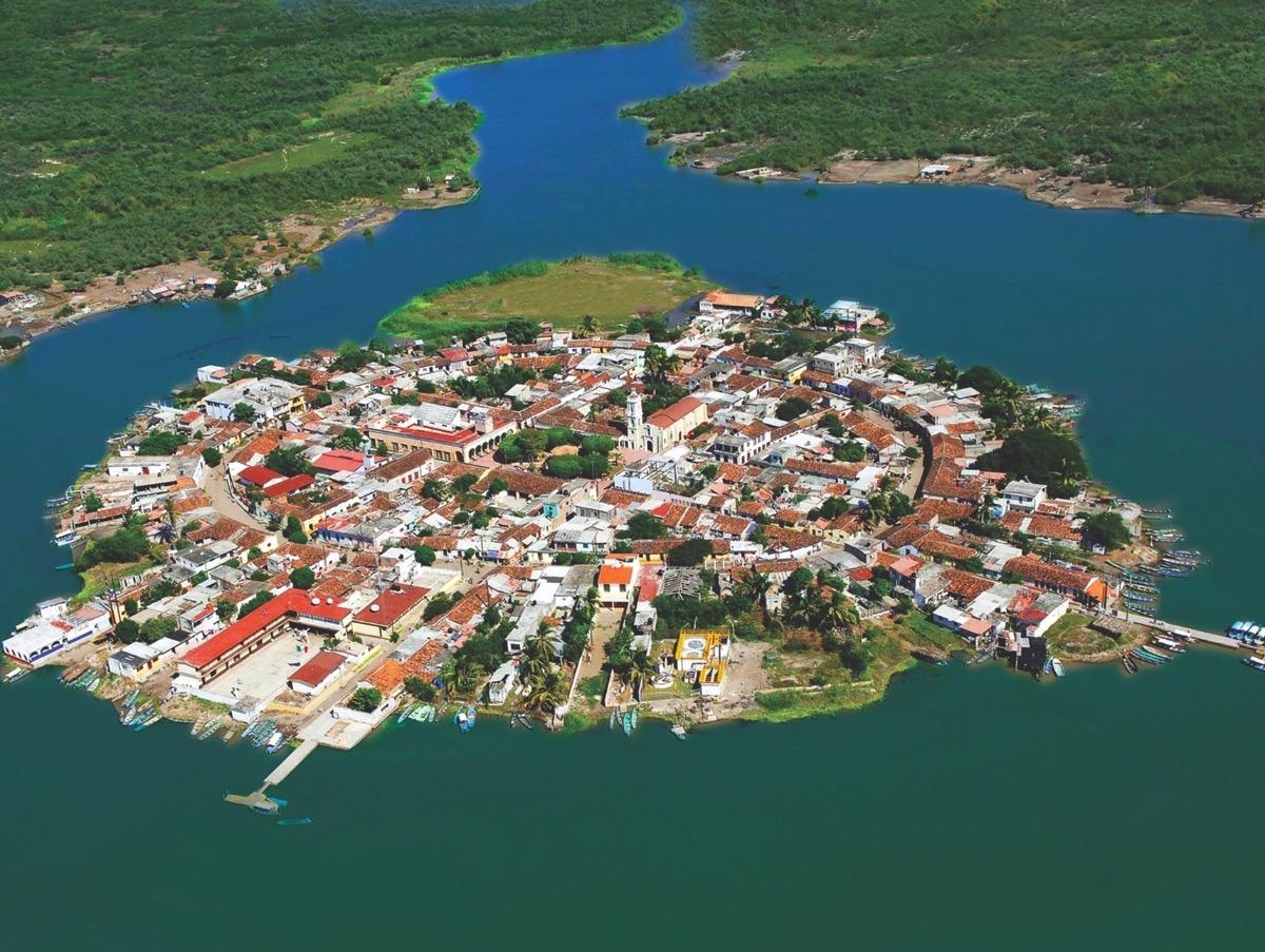 Mexcaltitan man-made islands
