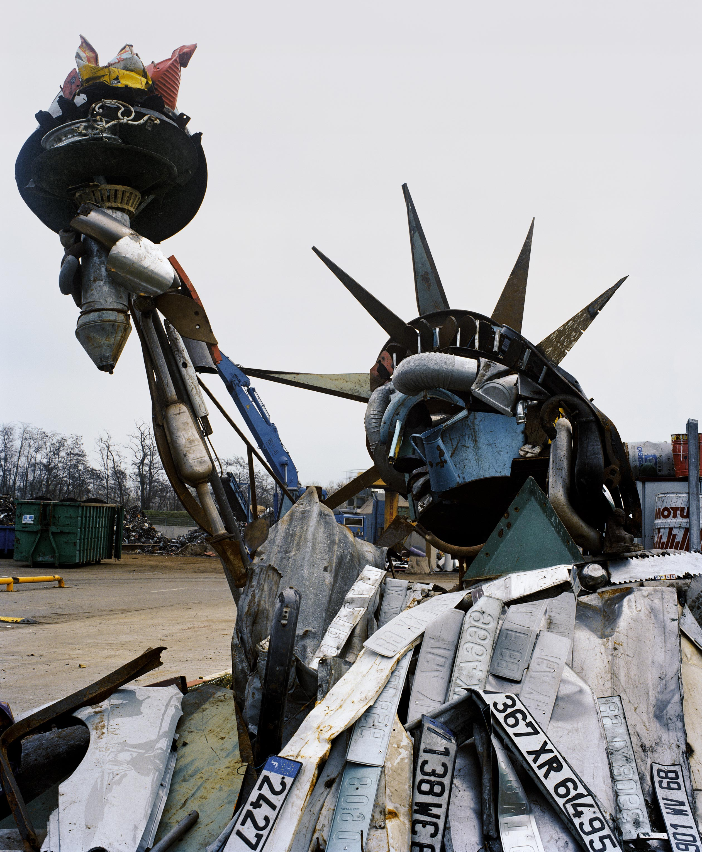 anamorphic portrait statue of liberty