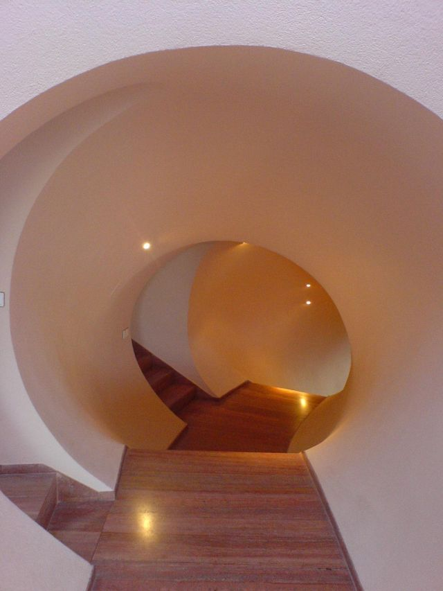 Bubble house stairway