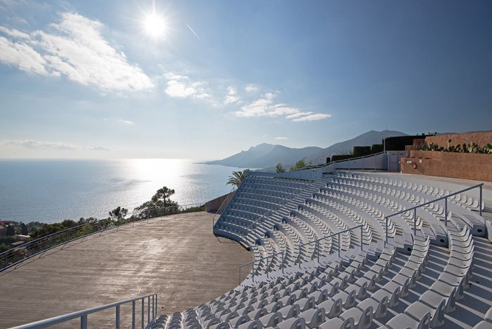 palais bulles amphitheater