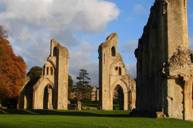 Glastonbury Abbey chalice holy- grail