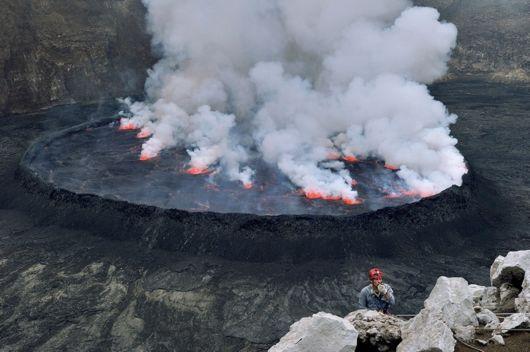nyiragongo volcano Lava Lake smoke