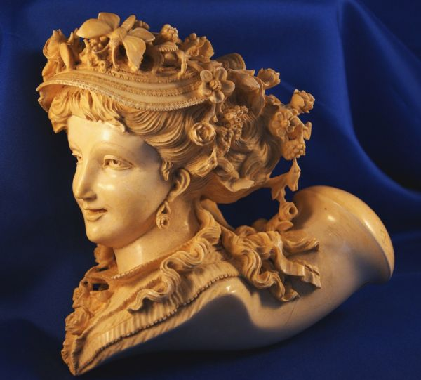 carved pipes meerschaum art