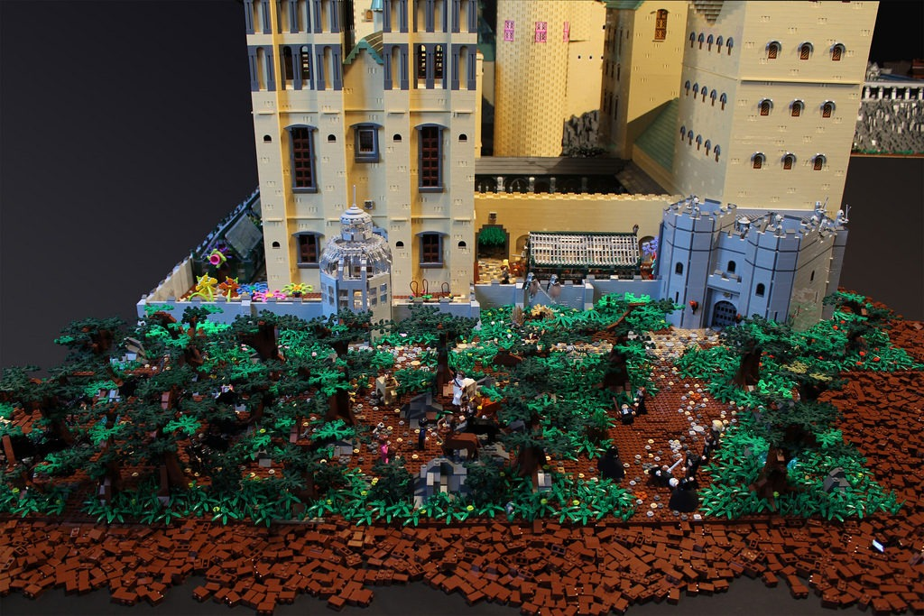 back gate Dark Forest lego hogwarts